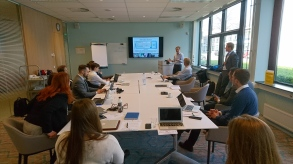 Magnus Sparrevik presenting SISVI, NTNU Sustainability and Forsvarsbygg.